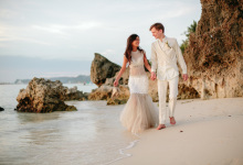 Beach Wedding: Björn + Maria