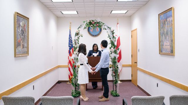 DC Courts: A NO guest  wedding - Civil Wedding